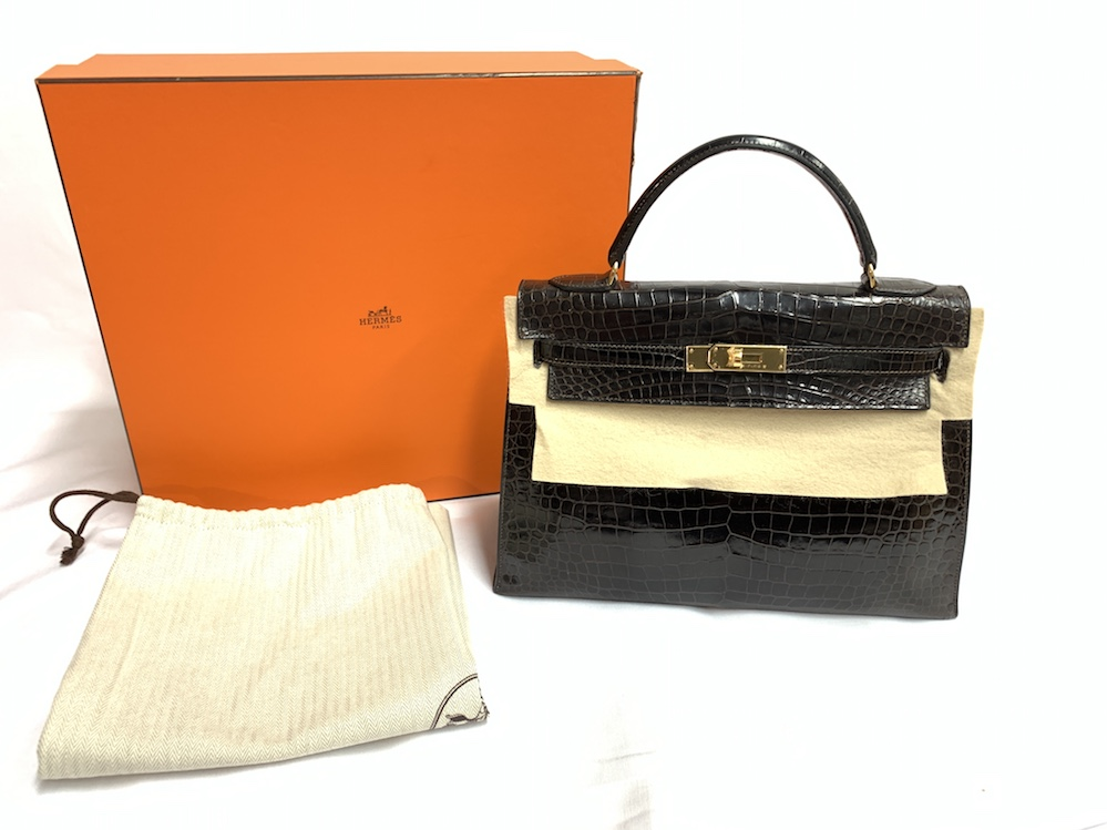 HERMES Kelly 32 in Shiny Brown Crocodile with gold hardware